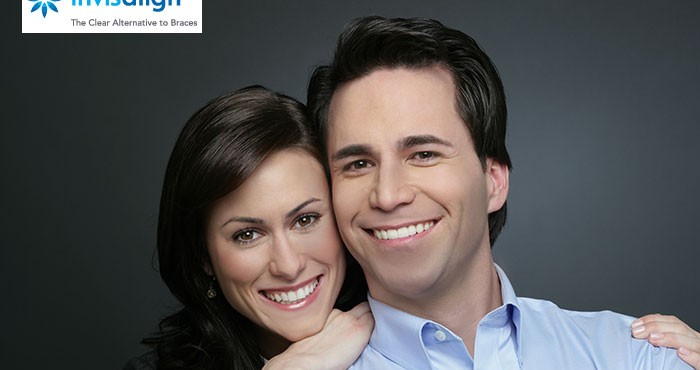 Couple-wearing-Invisalign2