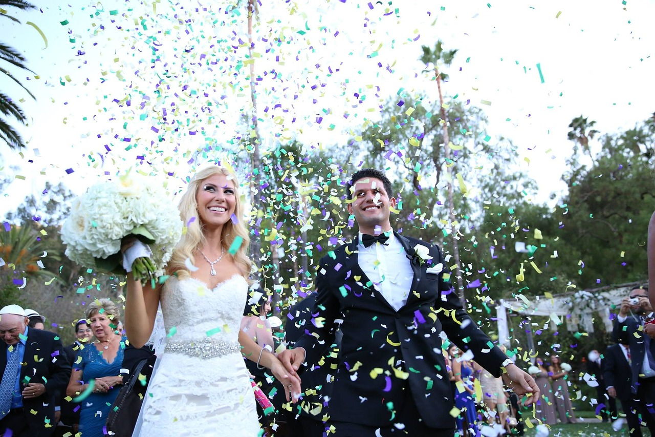 Teeth Whitening Is the Perfect Choice for Your Wedding Day