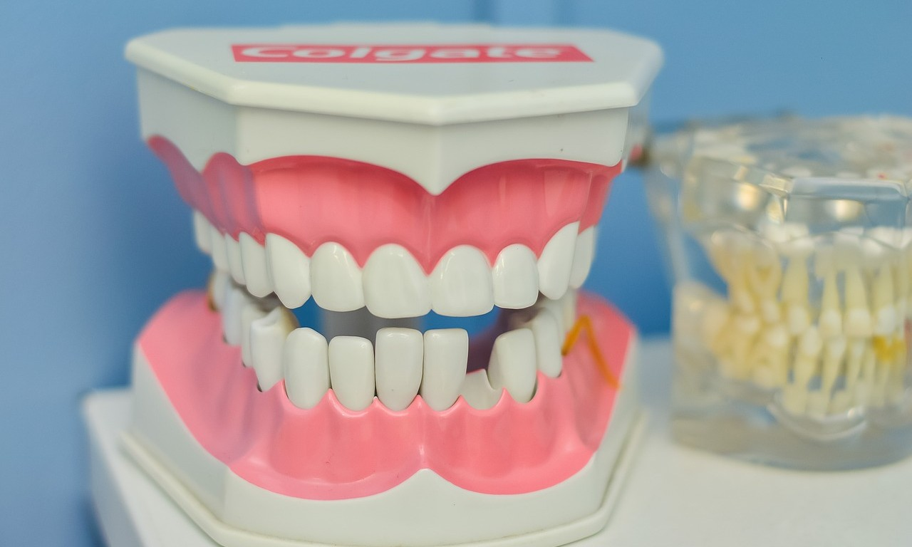 Treatment of periodontal disease at home - effective continuation of treatment procedures