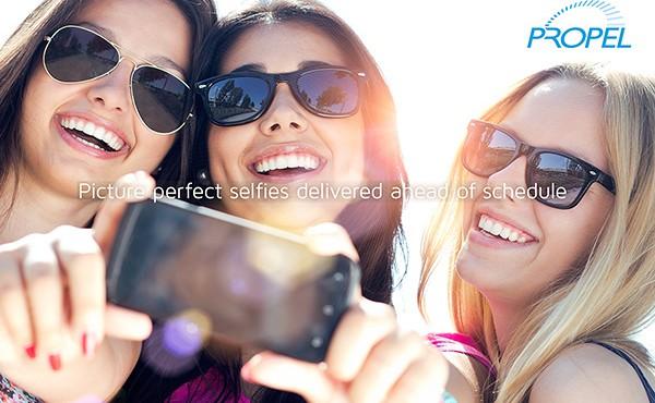 propel_selfie