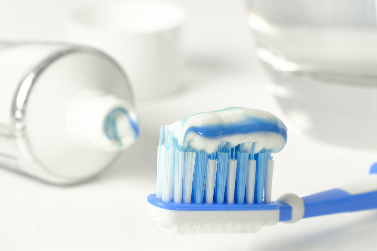 Which Toothpastes Are Best for Tooth Sensitivity?